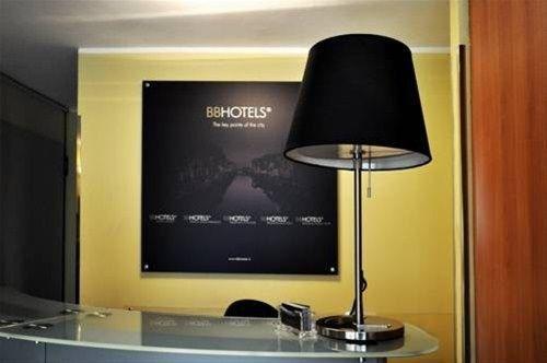BB Hotels Aparthotel Bocconi - фото 17