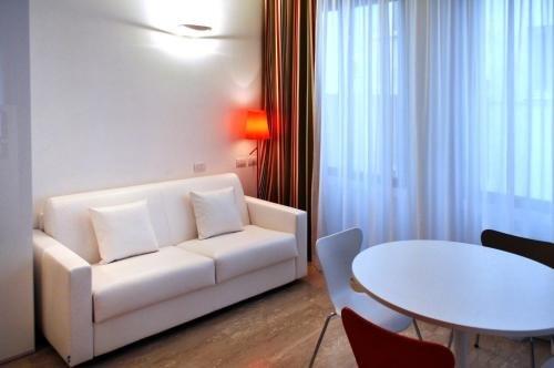 BB Hotels Aparthotel Bocconi - фото 7