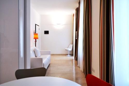BB Hotels Aparthotel Bocconi - фото 8