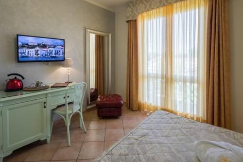 Hotel Luna - фото 3