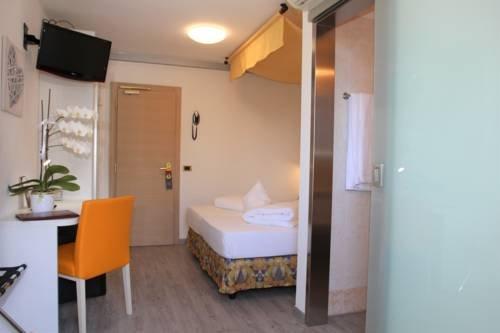 Hotel Augusta - фото 1