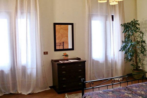 Tuscan Sun Holiday Apartments - фото 20