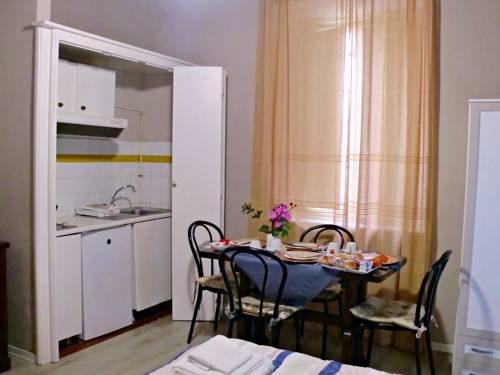 Tuscan Sun Holiday Apartments - фото 14