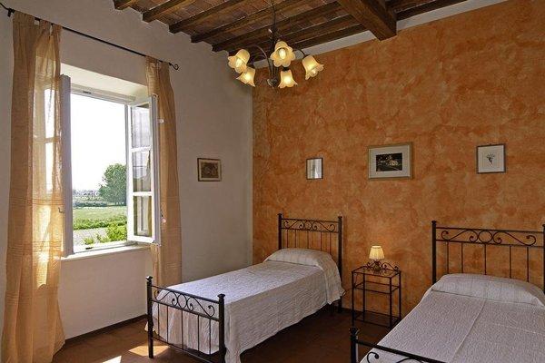 Tuscan Sun Holiday Apartments - фото 4