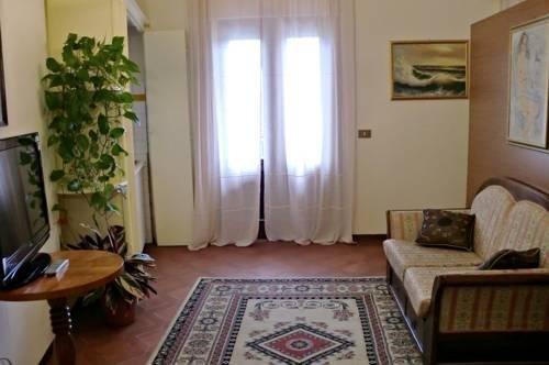 Tuscan Sun Holiday Apartments - фото 6
