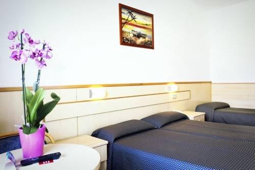 Hotel Saturno - фото 8