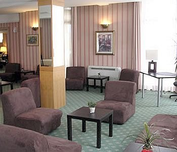 Hotel De La Ville Central - фото 10