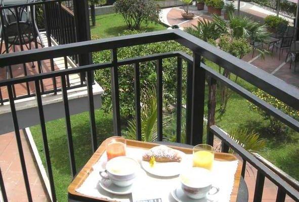 Hotel De La Ville Central - фото 20
