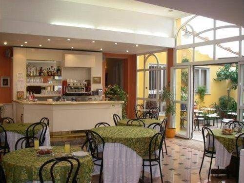 Hotel Genova - фото 12