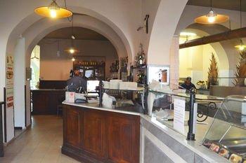 Bella Napoli Guesthouse Trattoria Pizzeria - фото 14