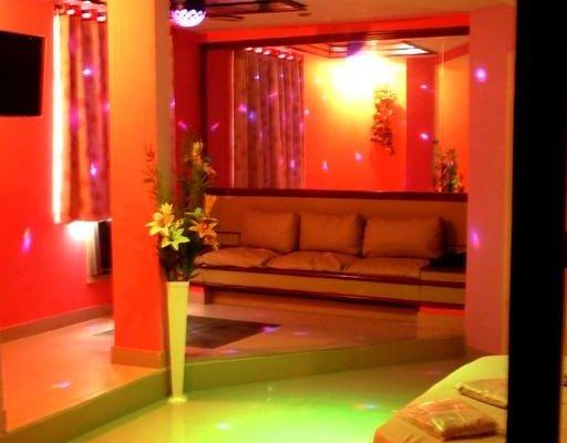Lips Motel (Только для взрослых) - фото 7