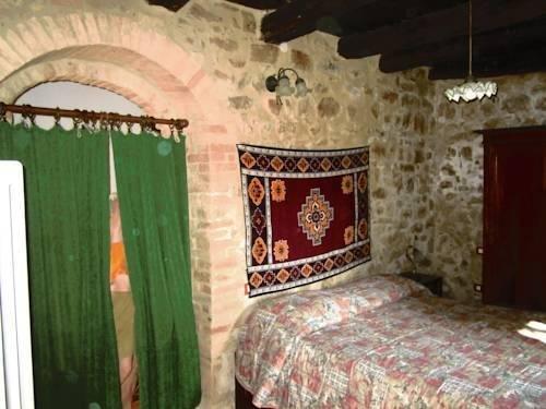 Castello Di Cisterna - фото 45