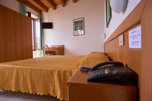 Hotel Tiziana Garni - фото 2