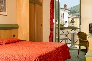 Sky Pool Hotel Sole Garda - фото 2