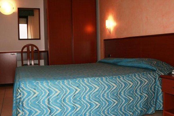 HOTEL VIRGINIA - фото 1