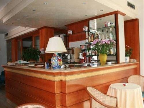 HOTEL VIRGINIA - фото 7