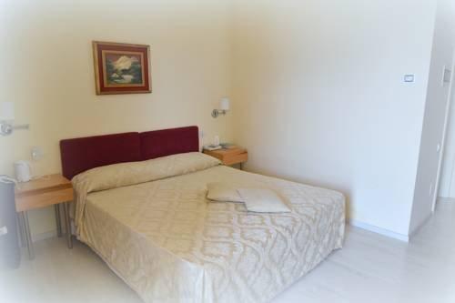 Hotel Ristorante Miralago - фото 2