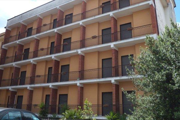 Astor Hotel - фото 21