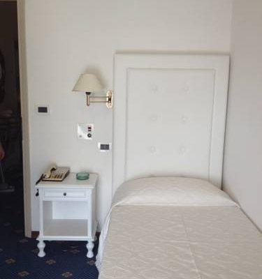 Hotel Tirreno - фото 7