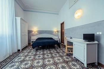 Hotel Duca D'Aosta - фото 1