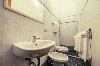 Hotel Duca D'Aosta - фото 6