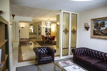 Hotel Executive - фото 15