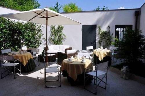 Piazza Nova Guest House - фото 23