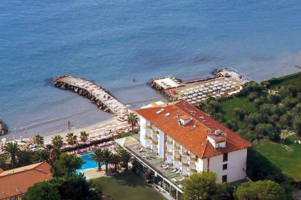 Hotel Caravelle Thalasso & Wellness - фото 23