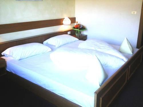 Hotel Pension Weingut - фото 2