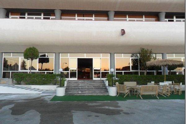 Гостиница «New River», Corsitti