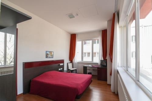 Hotel Fiera - фото 1