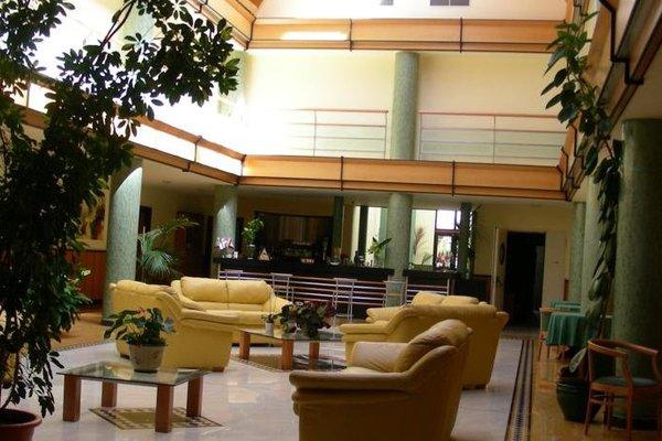 Hotel D.G. Garden - фото 6