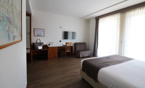 Hotel Villa Letizia - фото 1