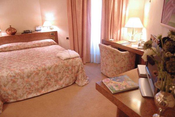 Hotel de la Ville - фото 0