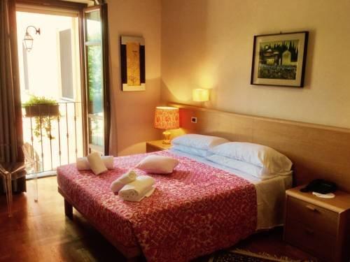 Hotel La Ferte - фото 1