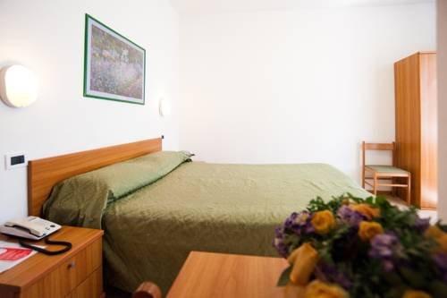 Hotel La Toscana - фото 3