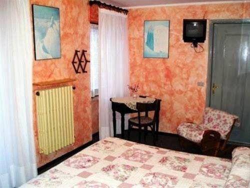 Hotel Hirondelle - фото 1