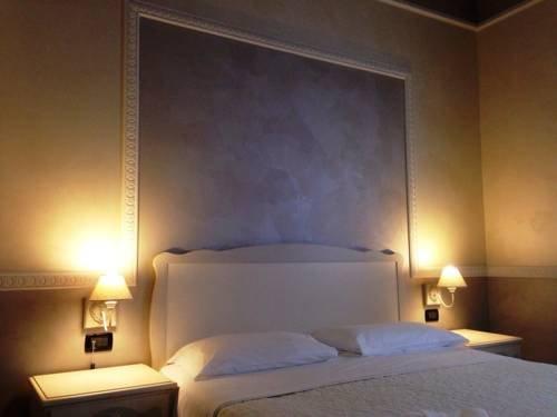 Hotel Lux - фото 2