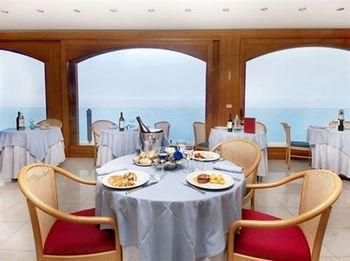 Grand Hotel Spiaggia - фото 8