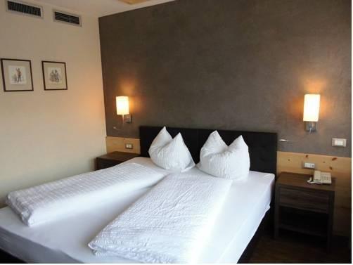 Hotel Zum Tiroler Adler - фото 2