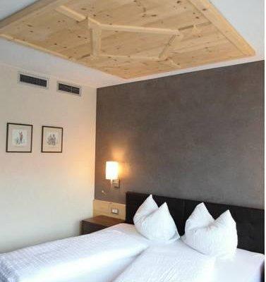 Hotel Zum Tiroler Adler - фото 5