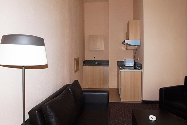 Ломсия отель - фото 3
