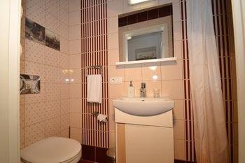 Rentida Apartments - фото 7