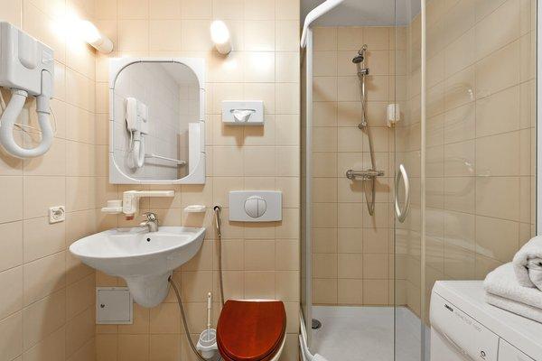 Barbacan Apartments - фото 10