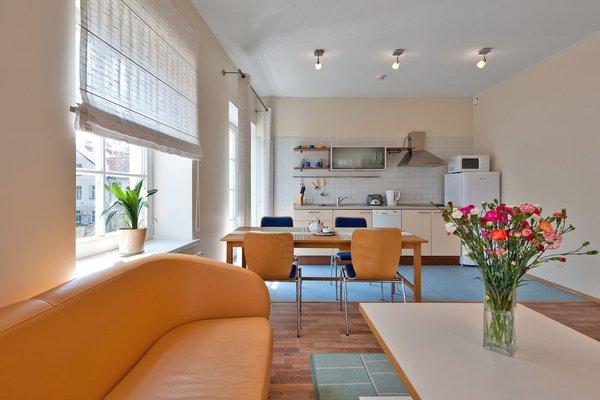 Barbacan Apartments - фото 8