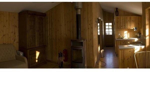 Love Island Guesthouse - фото 1