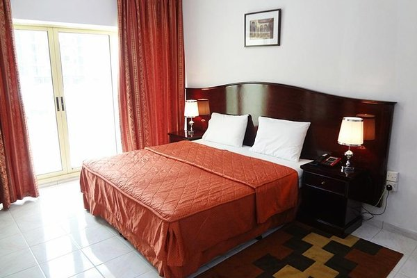 Richmond Hotel Apartments - фото 2