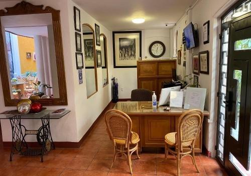 Hotel Casona de los Vitrales - фото 8