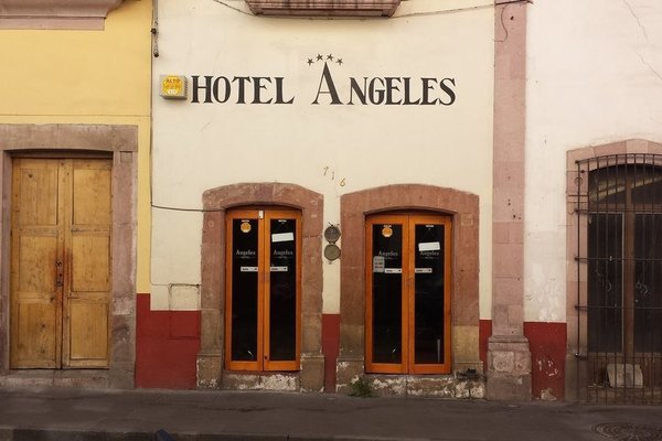 Hotel Angeles - фото 20