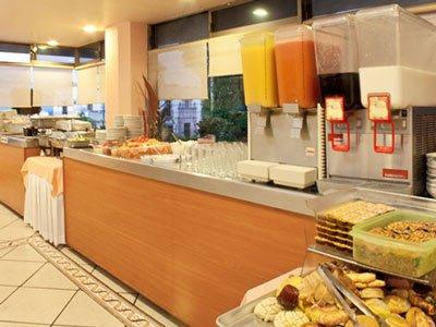 Hotel Real Plaza - фото 10